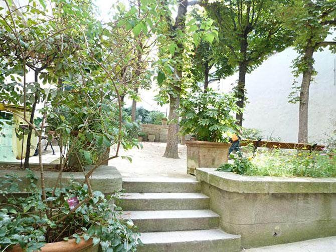 Jardin du clos des Blancs Manteaux Le Marais 75004