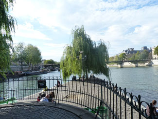 Square Barye Le Marais 75004