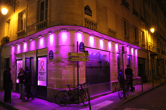 gay bar paris