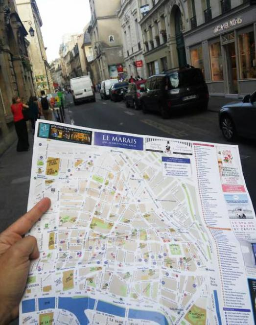 The Marais map printed or online : simply the best you can find
