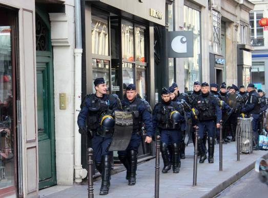 PARIS EN TOUTE SECURITE : VENEZ EN AOUT ET PROFITEZ DU MOIS LE PLUS COOL DE L'ANNEE