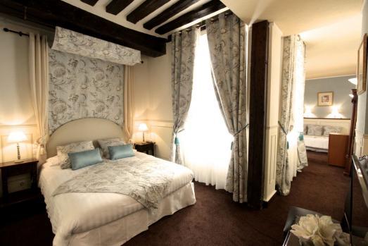 Vivez dans un hôtel du XVIIème siècle à l'hôtel de la Bretonnerie