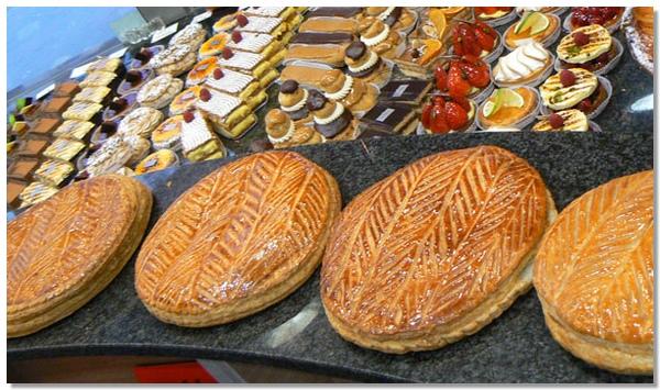 1000 images about traditions king 39 s day la galette des for Decoration galette des rois frangipane