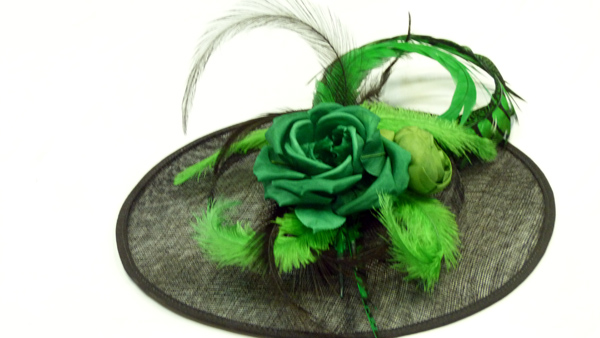 Glamour hat at Mumure by spirit