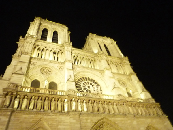 Notre Dame de Paris celebrates its 850th birthday