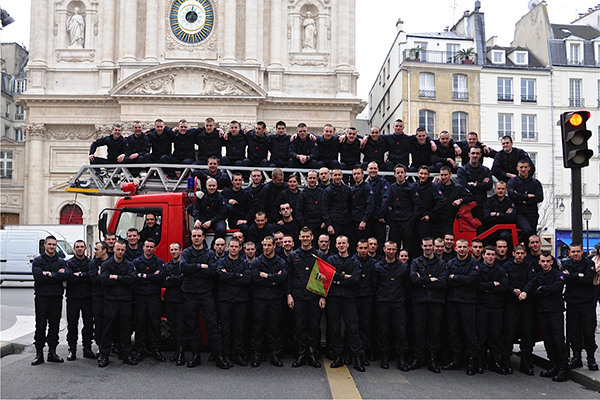 The S�vign� Fire Station Team, in front of Saint Paul Church