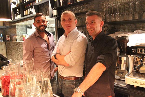 Parismarais newsletter 115 drinking out in le marais - Les gars dans la cuisine ...