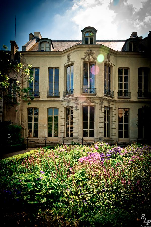 Springtime in The Marais with Serge Loyaute Peduzzi