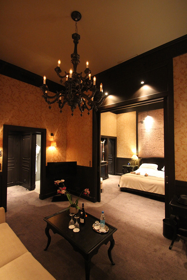 PARIS MARAIS.COM : Romantic Hotels in Paris for Valentine's Week