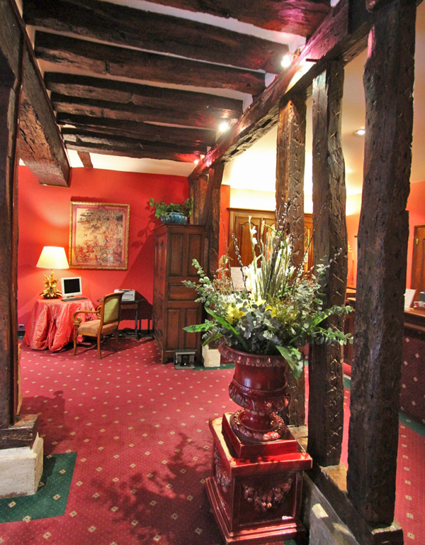 PARIS MARAIS.COM : Best Boutique hotels : Hotel de la Bretonnerie