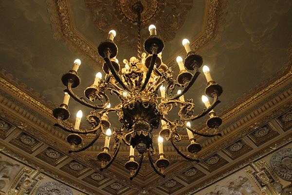 Discover the Palais Vivienne