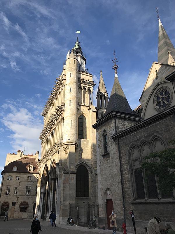 Notre Dame de Dijon (1383)